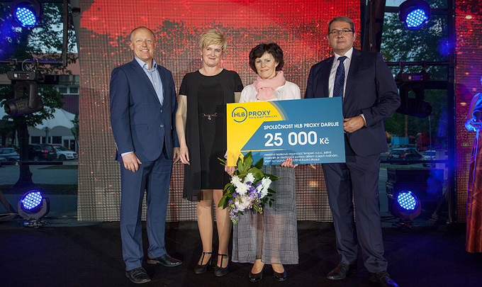 25 000 Kč for help families in need